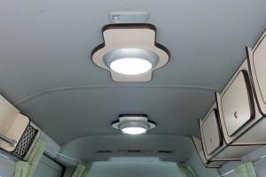 ■シーリングライト LEDのシーリングライトを 2ヶ所に装備これで節電OK!! (補助灯付きブルー)